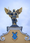 Sculpture of Archangel Michael on Maidan Nezalezhnosti. — Zdjęcie stockowe