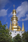 Caves Monastery Gilded cupolas. — Stock Photo