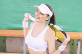 Female Tennis Athlete Equipped with Professional tennis Outfit o — Stock Photo