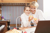 Family Concept: Mother and daughter Together — Stock Photo