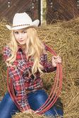 Sensual Passionate Caucasian Cowgirl With Lasso Rope in Farm — Stock Photo