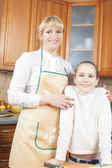 Mother and Daughter Together in the Kitchen — Stock Photo
