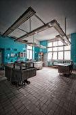 Azulejo azul interna de autópsia na parede — Foto Stock