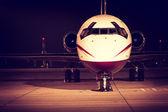 Luz de noite da frente do avião — Fotografia Stock
