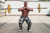 Man Doing Front Squats — Stock Photo