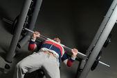 Bodybuilder training — Stockfoto