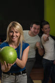 Friends Bowling Having Fun — Stock Photo