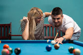 Young Adults Playing Pool — Stock Photo
