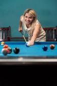 Female Playing Billiard — Stock Photo