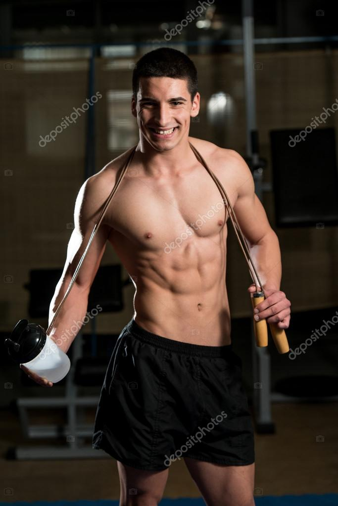depositphotos_41926393-Handsome-Muscular-Men-With-Jumping-Rope.jpg