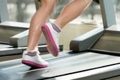 Fitness Woman Running On Treadmill — Zdjęcie stockowe