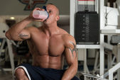 Bodybuilder With Protein Shaker — Stock Photo