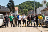 Group Of People Helping In Maglaj After Flood Natural Disaster — Stock Photo
