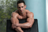 Portrait Of A Physically Fit Young Man — Stock Photo