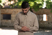 Bönen i moskén — Stockfoto