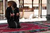 Muslim Man Praying At Mosque — Stock fotografie