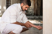 Islamic Religious Rite Ceremony Of Ablution Hand Washing — Stock Photo
