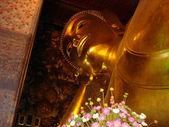Buda Reclinado en Wat Pho, Bangkok — Stock Photo