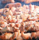 Appetizing fresh meat shish kebab (shashlik) — Zdjęcie stockowe