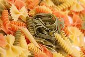 意大利面条格里 e fieno 和不同的意大利面食. — 图库照片