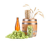 Barrel mug with hops and bottle of beer. — Stock Photo
