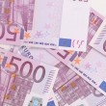 Five hundred euro banknotes. — Stock Photo