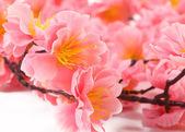 Różowe kwiaty sztuczne — Zdjęcie stockowe