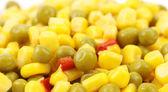 Kukuřice a hrášku s rajčaty — Stock fotografie