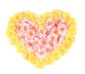 Artificial flowers heart. — 图库照片
