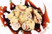 Lumaconi pasta with mushroom sauce. — Stock Photo