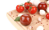 完熟トマトとモッツァレラ. — ストック写真