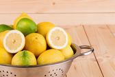 Lemons and limes — Stock Photo