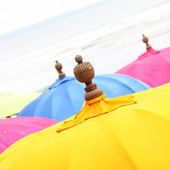 Top of a Colorful Beach Umbrella against the Sky — Stock Photo