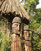 Wooden statues of Aboriginal — 图库照片