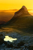 Zonsopgang in bergen - durmitor nationaal park — Stockfoto