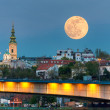 Cityscape of Belgrade in night of full moon — Stock Photo #46913991