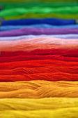 Garn i regnbågens färger — Stockfoto
