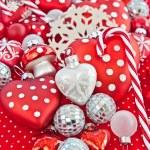 Kırmızı ve beyaz christmas dekorasyon — Stok fotoğraf