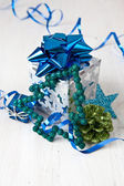 Little gift box and christmas decorations — Photo