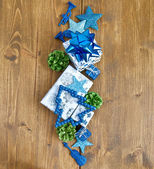Little gift boxes and christmas decorations — Foto de Stock