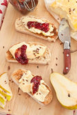 Camembert and roasted bread — Stock Photo