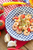 Garlic shrimps with chili peppers — Stock fotografie