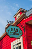 Red gas station with flashy exterior — Stock Photo