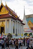 Thai Buddhist celebrates Makha Bucha day by walking-meditation — Stock Photo