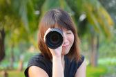 レンズの女の子 — ストック写真