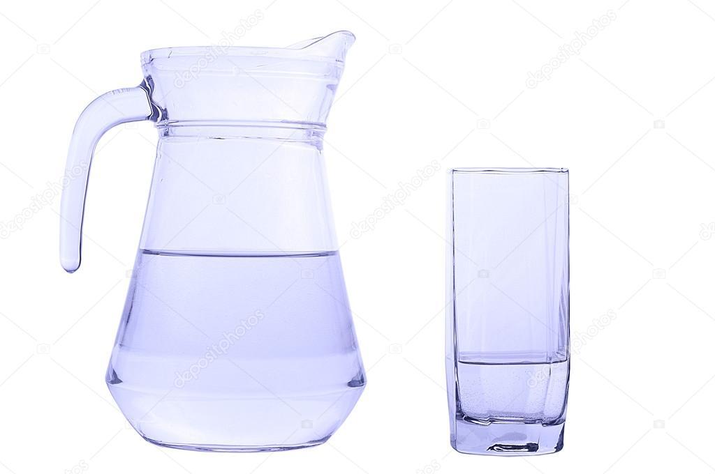carafe et verre avec de leau photographie chipus82 27089505. Black Bedroom Furniture Sets. Home Design Ideas