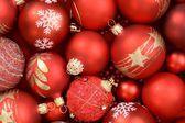 Cerca de adornos de Navidad rojo — Foto de Stock