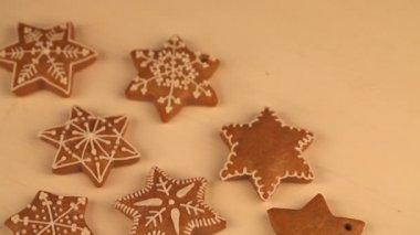 Decorating cookies — Stock Video