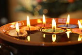 Candles in nuthell — Fotografia Stock