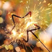 Holiday sparkler — Stock Photo